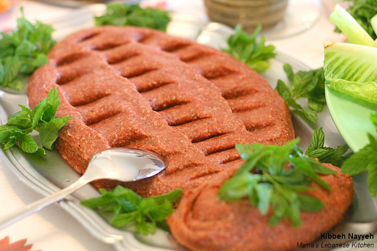 Lebanese raw kibbe recipe kibbeh nayyeh mama 39 s for Arabic cuisine dishes