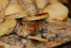 Baked Garlic Chicken and Potatoes – Djej w Batata Bil Sayniyyeh