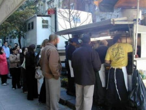 NY Street Vendor - Photo Courtesy of A Guy In NY